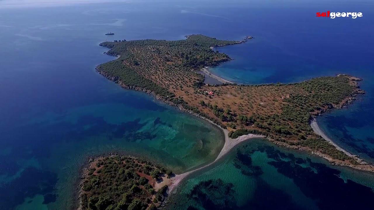 Τα καταπράσινα νησάκια της Σιθωνίας Πούντα και Σπαλαθονήσια